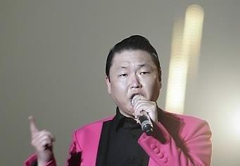 """싸이, 총기사고 현장서 예비군 훈련…""""사고 전 퇴소"""""""