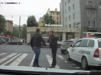 러시아판 블랙박스로 본 세상속 로드레이지(동영상)