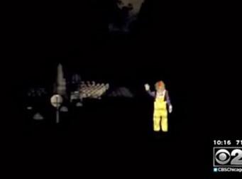 공동묘지에 나타난 의문의 피에로(동영상)