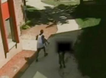자신을 납치하려는 남자에 맞서 싸운 7살 소녀(동영상)