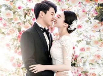 '22세 예비신랑' 동호, 동화같은 웨딩화보…한 살 연상 아내공개