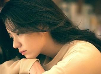 갑자기 외로움을 타게 되는 13가지 시기