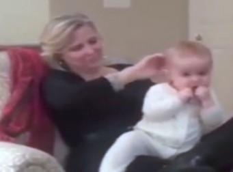 이 여성이 단 1분만에 아기 재우는 방법, 온라인 '화제' (동영상)