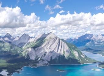 애니메이션에서 본 것 같은 아름다운 파란하늘과 호수의 모습(사진4장)