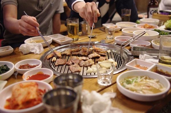 dining-together-1842973_960_720