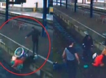휠체어 탄 노인을 철로에서 민 뒤 돌로 머리를 가격한 남성 (동영상)