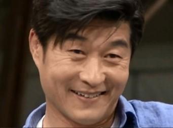 tvN '어쩌다 어른' MC 김상중이 고백한 빵셔틀 시절