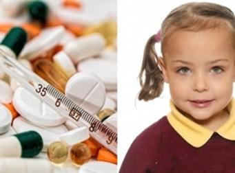 사망 직전까지 어린 딸아이에게 '마약'을 먹인 무개념 엄마