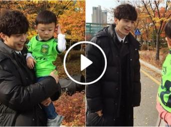 올블랙 저승삼촌 이동욱 씨를 만나자 대박이가 보인 반응 (동영상)