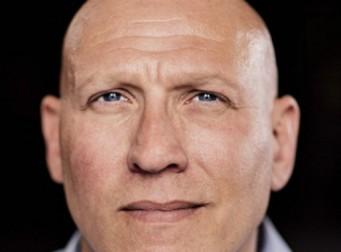 선입견이 만든 이 남자의 6가지 얼굴 (사진 6장)
