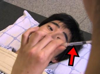 주사 맞으면 기절한다는 '주사 공포증' 환자들 (사진10장)