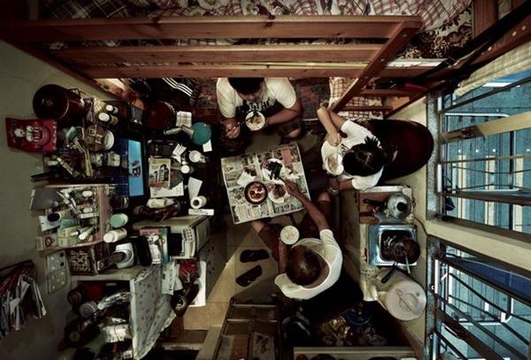 Shocking-aerial-photos-of-cramped-Hong-Kong-apartments-Hong-Kong-22-Feb-2013 (3)