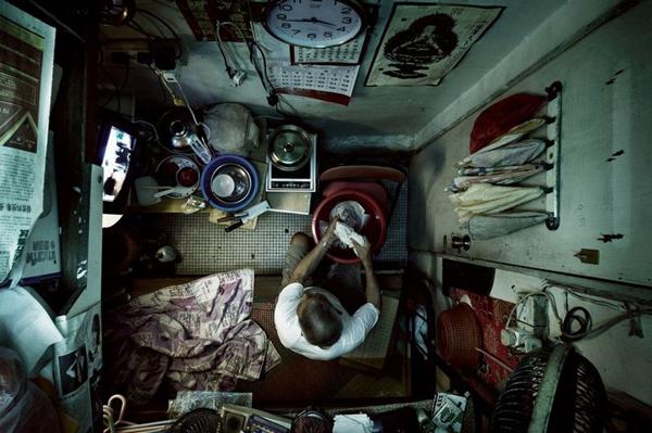 Shocking-aerial-photos-of-cramped-Hong-Kong-apartments-Hong-Kong-22-Feb-2013